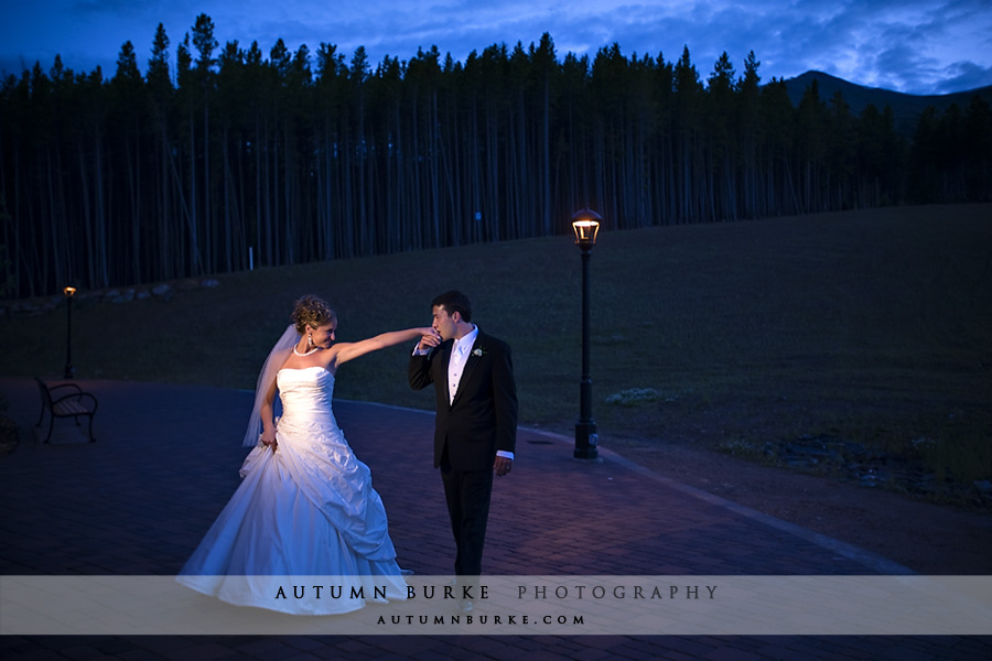 breckenridge colorado mountain wedding bride groom