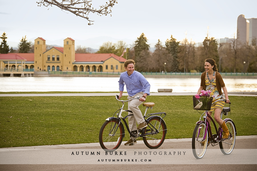 denver colorado city park boathouse engagement session cruiser bikes