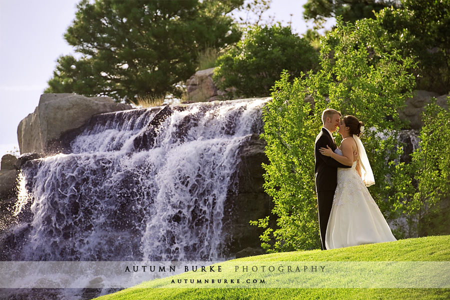 the sanctuary golf club sedalia colorado wedding waterfall