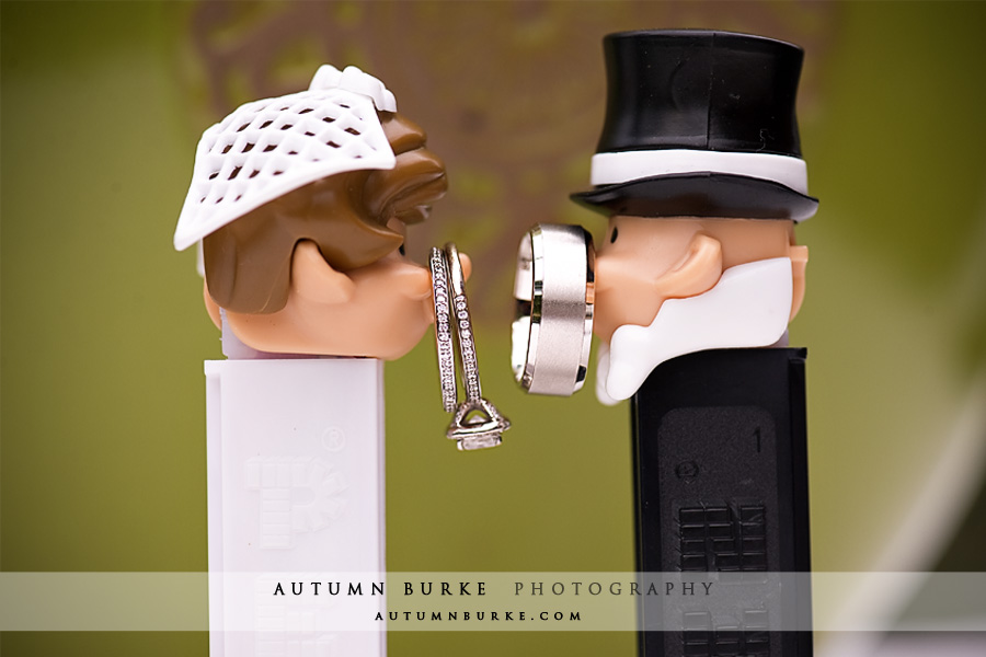 wedding rings with pez bride and groom