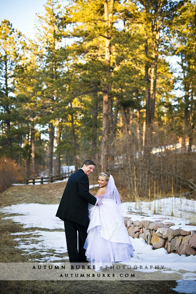 colorado winter wedding cielo bride groom