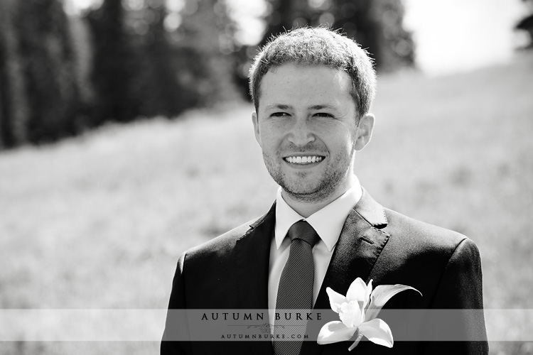 groom beaver creek allies cabin wedding