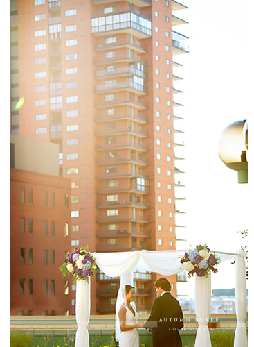 downtown denver urban rooftop wedding ceremony chuppah