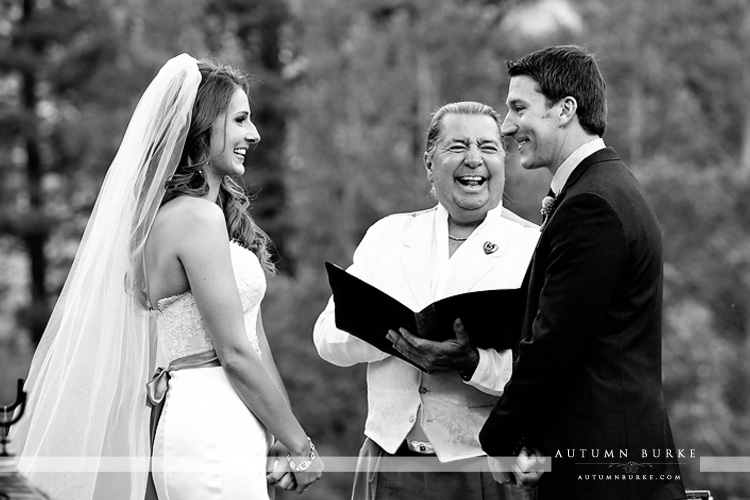 beaver creek colorado wedding ceremony vows bride and groom beanos cabin