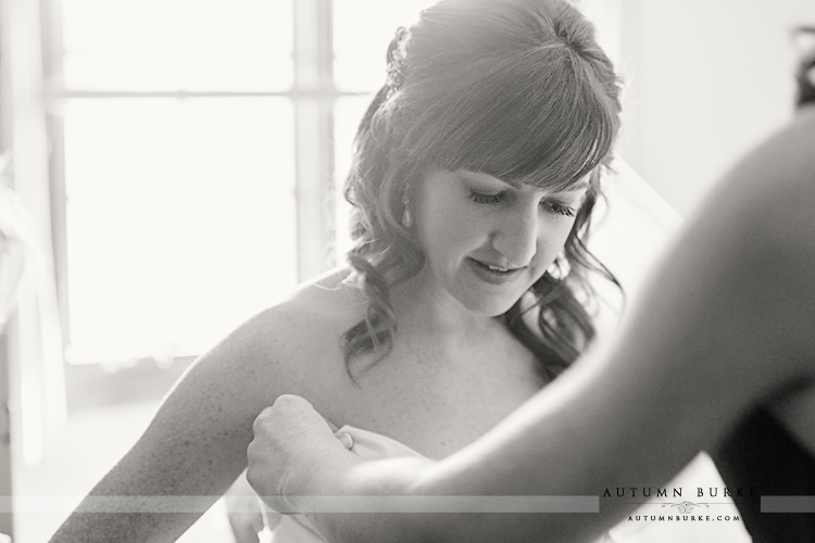 the sanctuary golf club castle pines colorado bride getting ready