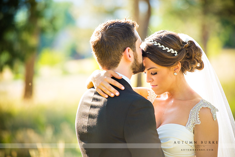 colorado highlands ranch mansion wedding bride and groom portrait