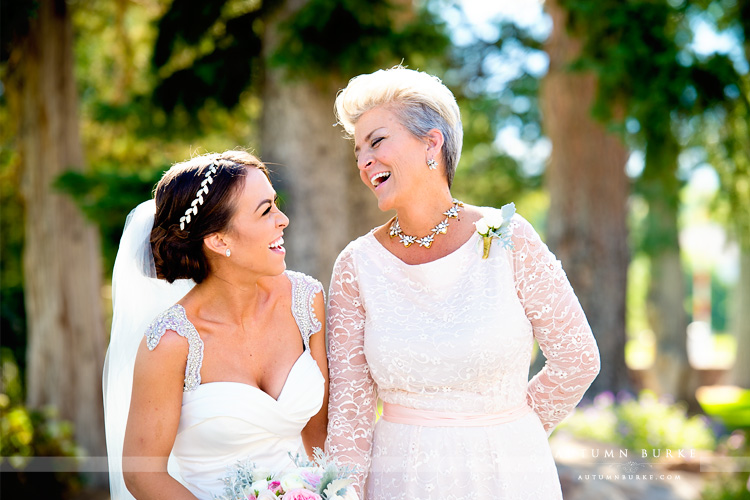 colorado highlands ranch mansion wedding bride and mom portrait mother of the bride
