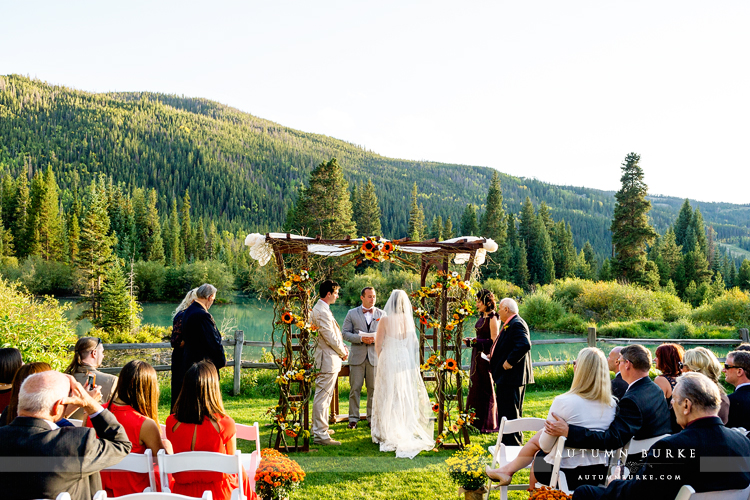 keystone colorado mountain wedding ski tip lodge ceremony lake chuppah