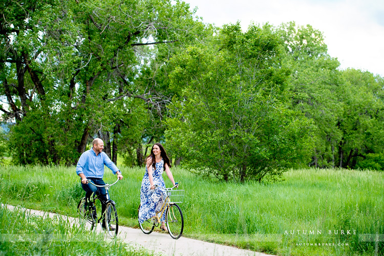 denver colorado wedding engagement session denver mountains bicycles cruiser bikes