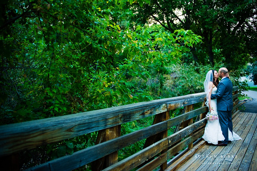 colorado wedding photography bride and groom portrait on bridge chatfield botanic gardens