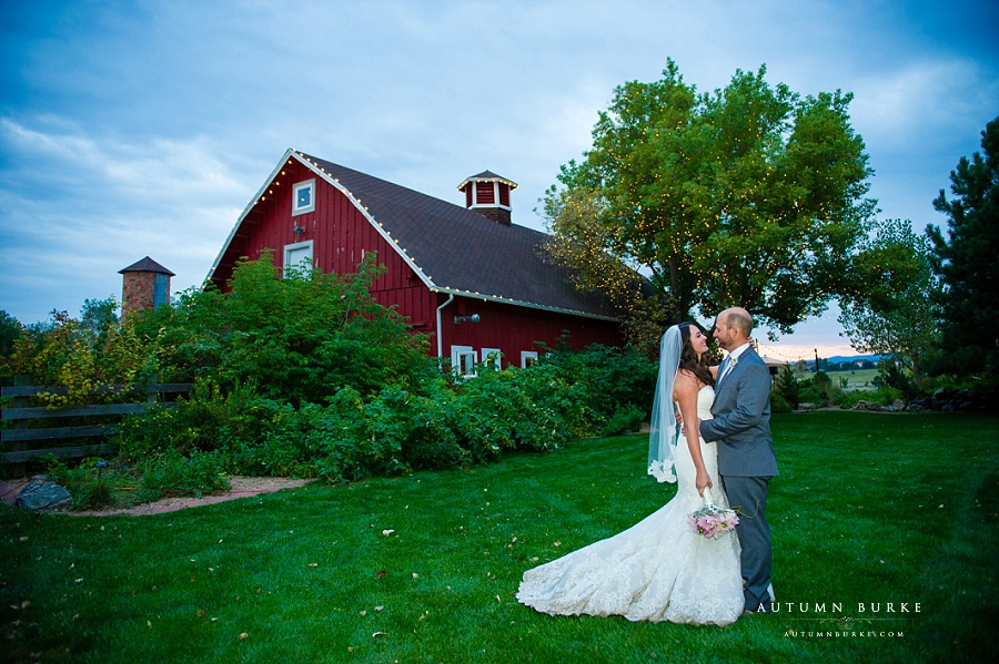 chatfield botanic gardens wedding barn and silo bride and groom portrait colorado rustic elegance
