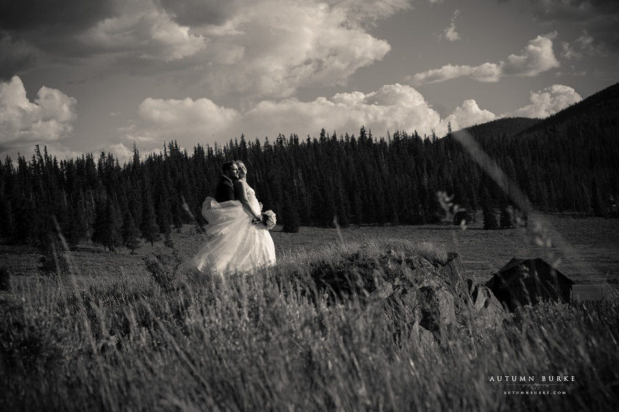 colorado wedding bride and groom portrait black and white keystone ranch
